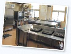 安全なオール電化厨房を採用